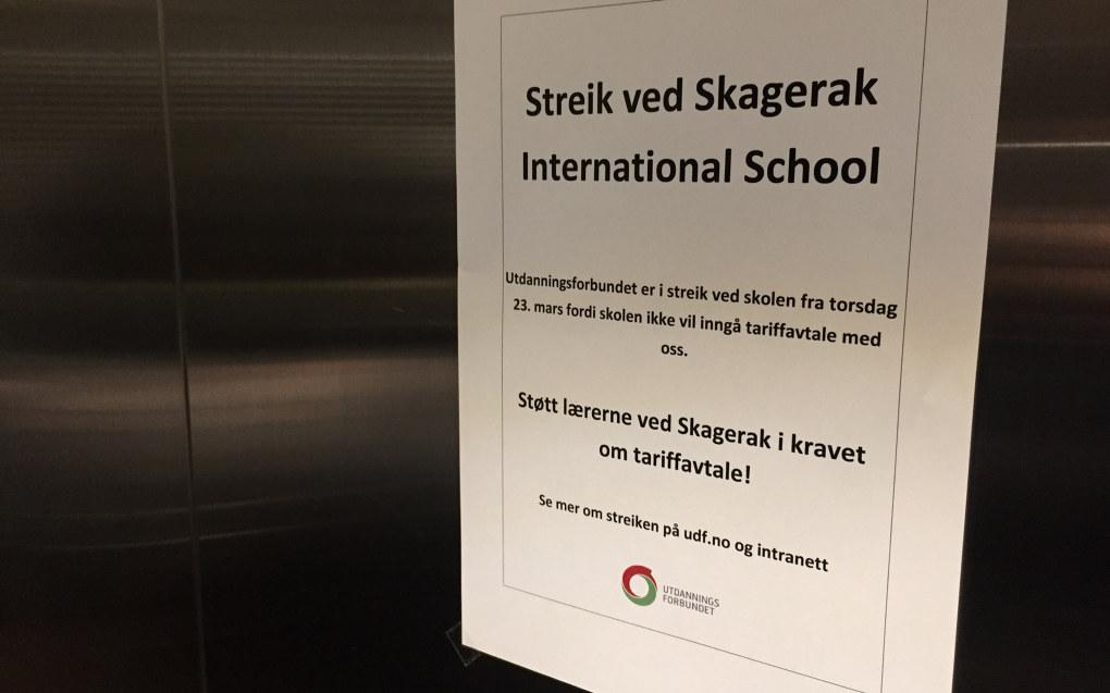 Det skal være enighet mellom lærerne og skolen om lønns- og arbeidsvilkår, men skolen nekter å nedfelle dem i en lokal tariffavtale inngått direkte med de ansatte, ifølge Utdanningsforbundet.  Foto: Paal Svendsen
