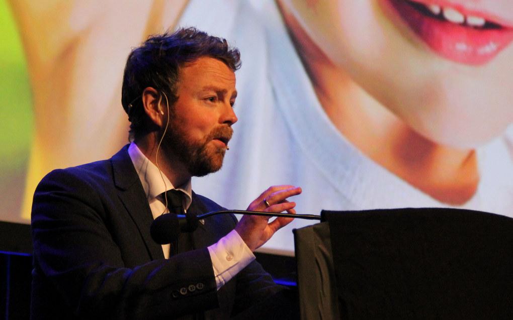 Kunnskapsminister Torbjørn Røe Isaksen (H) vil heve statusen til humanistiske fag. Arkivfoto: Utdanning