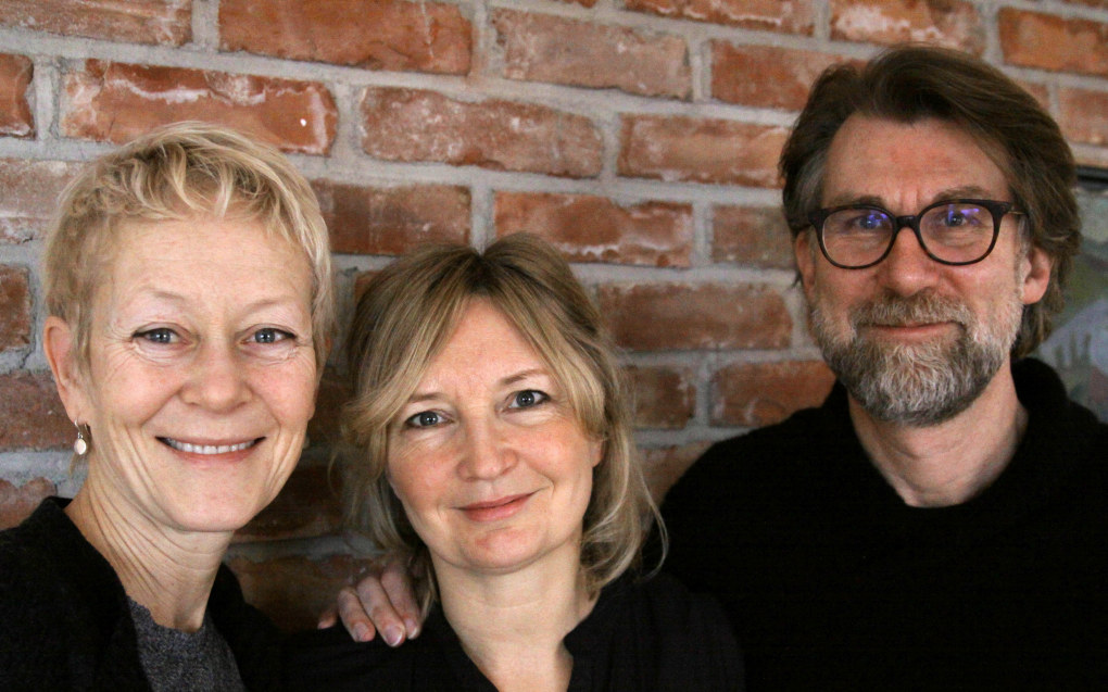 Guro Øiestad, Ida Brantzæg og Stig Torsteinson har liten tro på at elevene skal lære psykisk helse som fag. Det elever lærer av, er å selv få utvikle trygge relasjoner til lærer og andre elever.