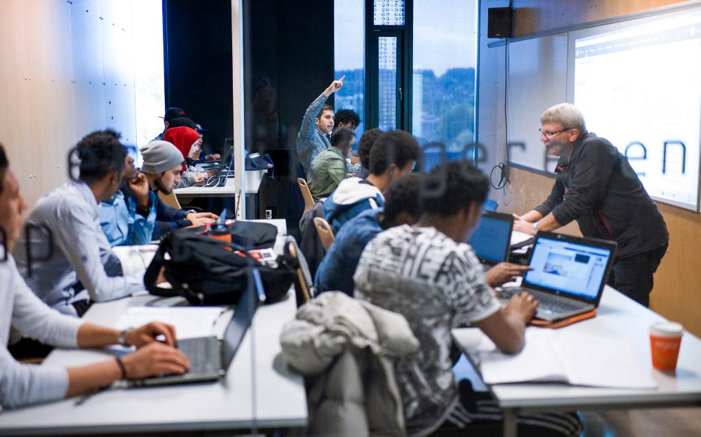 Danmarks Evalueringsinstitut (EVA) har undersøkt hvilke former for tilbakemelding som har god effekt på elevers læreprosess. Ill.foto: Utdanning