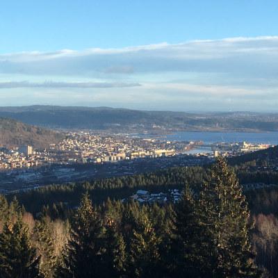 Oversiktsbilde av Drammen by