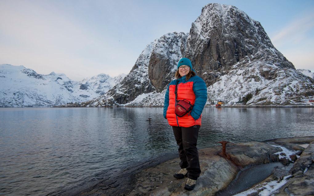 Marte Lundberg er internasjonal koordinator (lektor med tilleggsutdanning) ved Aust-Lofoten videregående skole. Foto: Wenche Schjønberg