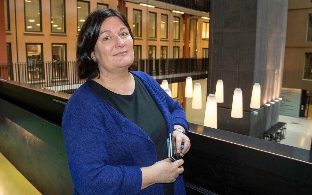 Line Baugstø har gitt ut 29 bøker for barn og voksne, og kunne godt tenkt seg å være sølvsmed eller skogsvokter. Foto: Kari Kløvstad