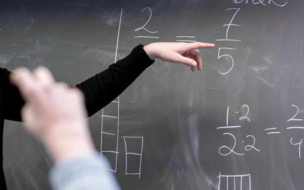 Onsdag presenterte faktasjekktjenesten Faktisk.no blant annet faktasjekk av fire påstander om skole og utdanning. Kun én av de fire påstandene ble vurdert som «faktisk helt sanne». ARKIVFOTO: Erik M. Sundt