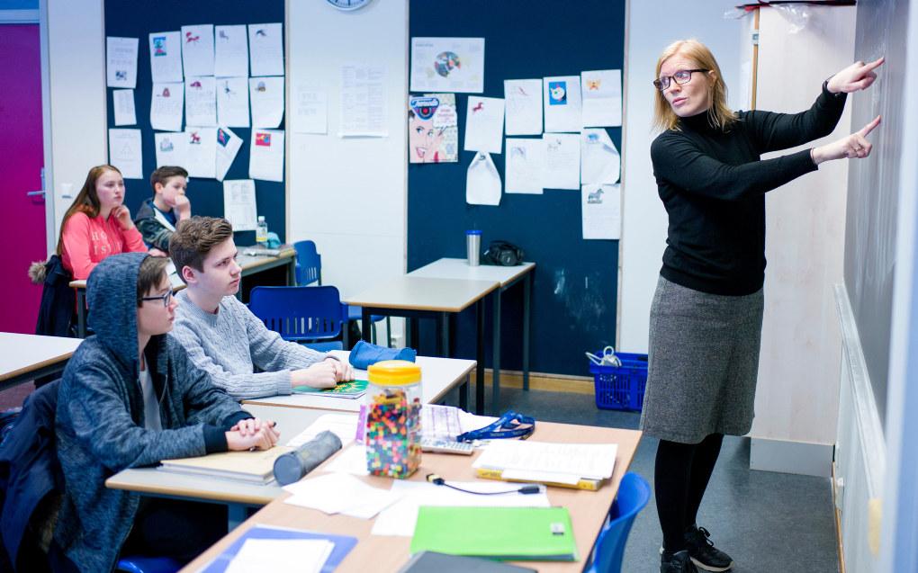 Ordningen med lærerspesialister med ekstra fordypning i norsk og matematikk skal utvides, foreslår Høyre. Ill. foto: Erik M. Sundt