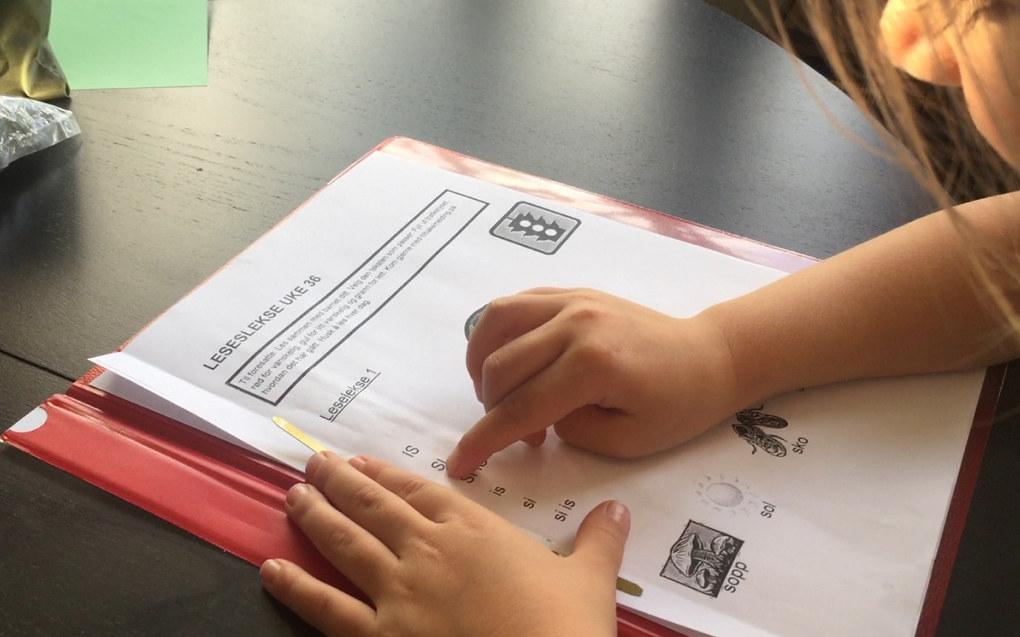 Høyre vil gjøre én lærer på hver barneskole til spesialist i tidlig lese- og skriveopplæring, men vil ansette en eneste ny lærer for å gi elevene denne opplæringen, poengterer utdanningsbyråd i Oslo, Tone Tellevik Dahl (Ap). Ill. foto: Paal Svendsen