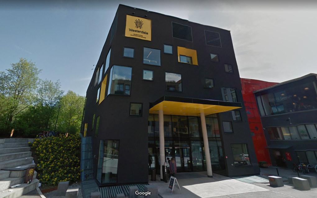 Oslo tingrett har dømt den private høyskolen Westerdals Oslo ACT til å betale tilbake skolepenger, fordi skolens forløper Westerdals School of Communications (WSoC) tok over dobbelt så mye i skolepenger i årene 2003–2012 som det lovverket tillot. Foto Google Maps