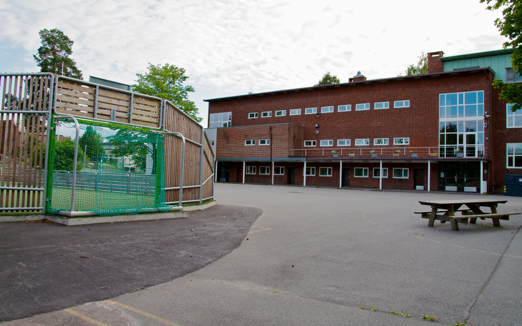 Slemdal skole i Oslo reagerer på at skolebyråden vil flytte 46 millioner fra skolene i vest til de i øst og sør. Foto: Kjetil Ree / Creative Commons