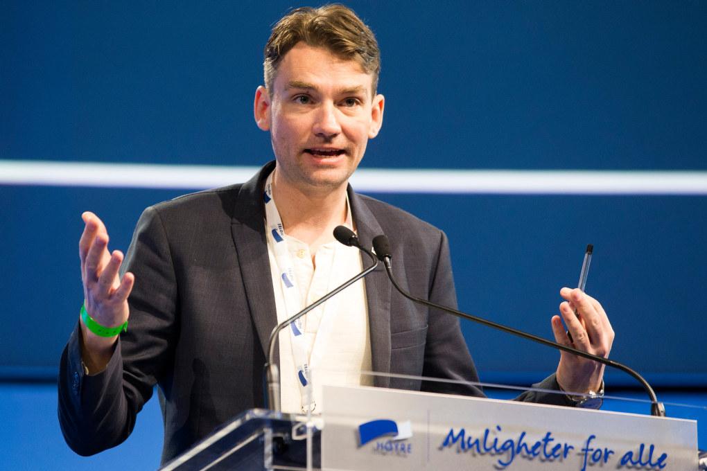 Kunnskapsminister Henrik Asheim vil han ha en gjennomgang av tilsynet som føres med barnehagene. Foto: Berit Roald / NTB scanpix