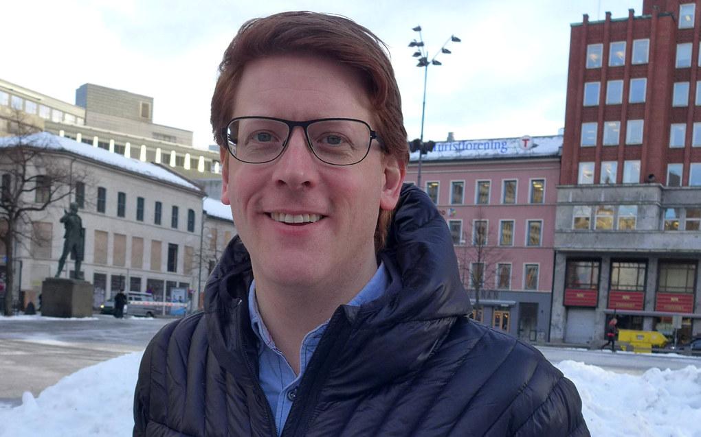 Martin Henriksen (Ap) vil derfor ha en nasjonal rekrutteringskampanje for å få flere lærere, med særlig mål om å få flere mannlige søkere. Foto: Marianne Ruud
