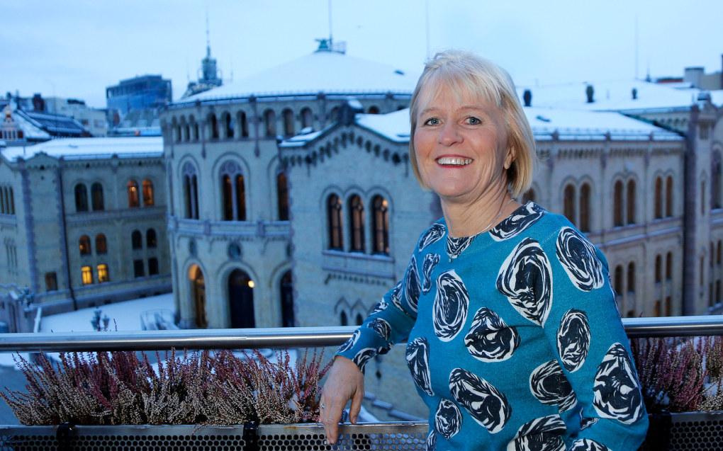 Unio-leder Ragnhild Lied mener det er en demokratisk utfordring at så få med yrkesfaglig bakgrunn er på Stortinget. Foto: Unio / Sol Nodeland