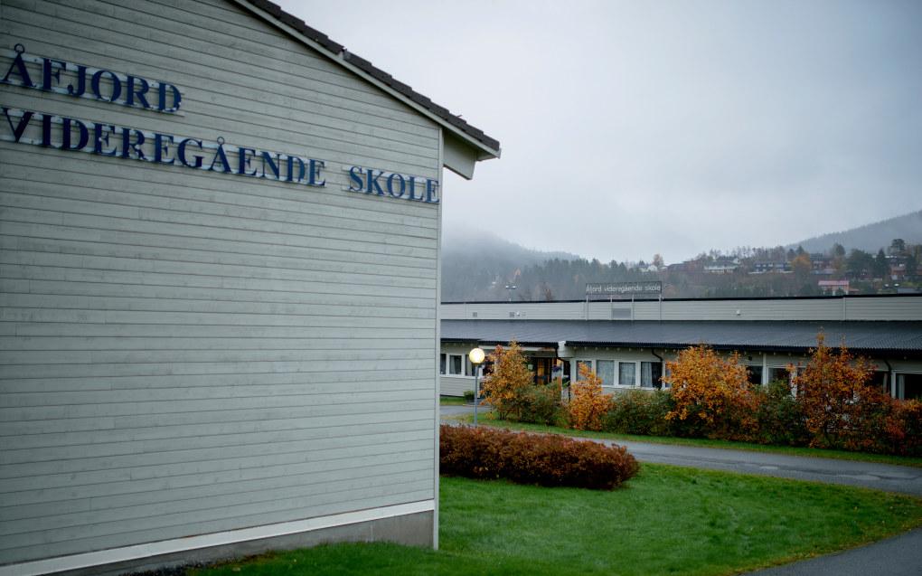 Videregående skoler i distriktene kan være i fare for å bli nedlagt vist en innfører fritt skolevalg mener politikere i Trøndelag. Arkivfoto: Ole Martin Wold