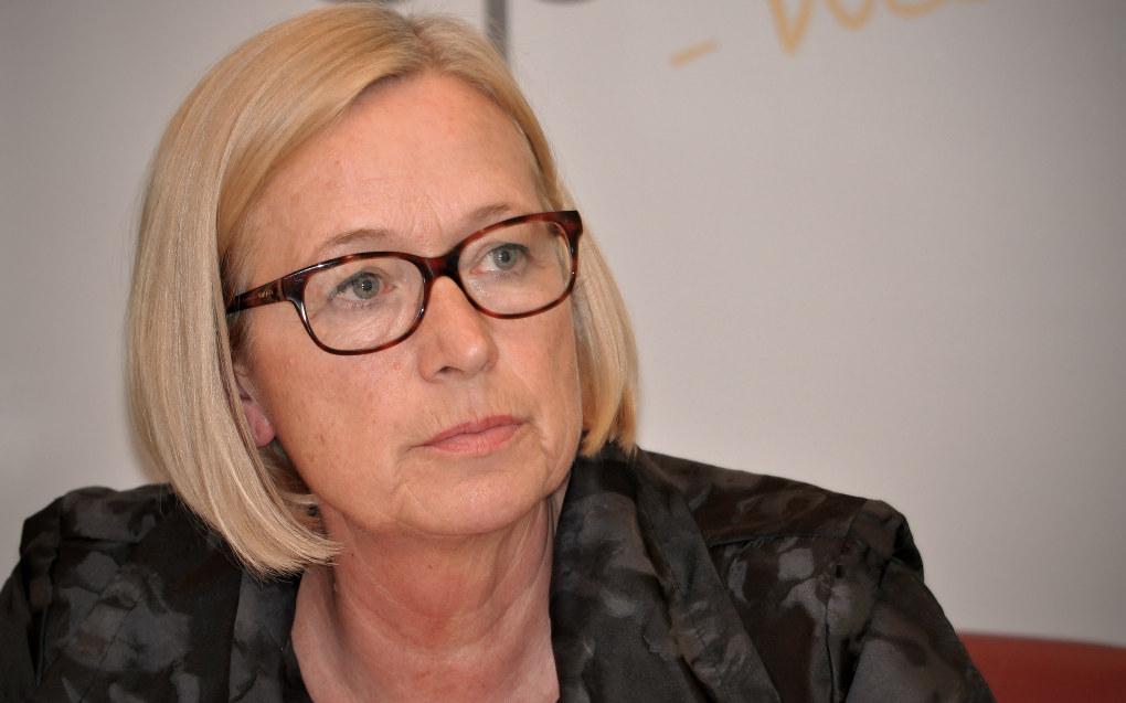 Marit Arnstad (Sp) er svært skeptisk til kontrakter som kobler elevenes resultater til rektors lønn. Arkivfoto: Senterpartiet