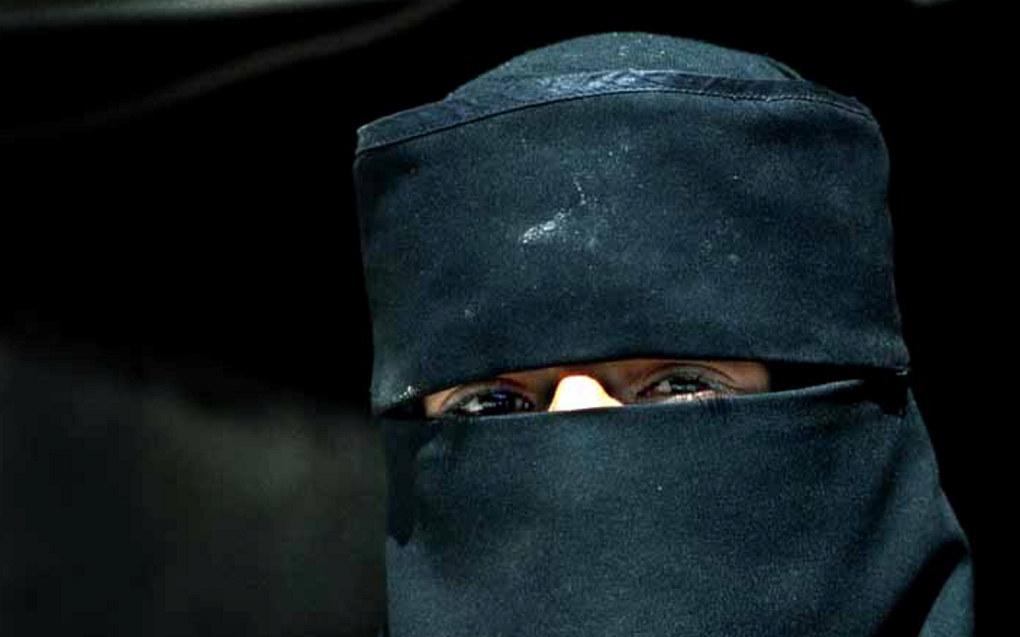Forbudet gjelder plagg som finlandshette, nikab og burka, men omfatter ikke hijab. Arkivfoto: Utdanning