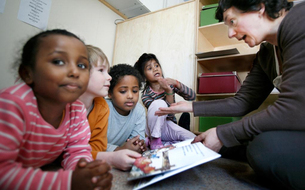 Fra 1. august kan flere barn få rett til 20 timers gratis tid i barnehagen. Ill.foto: Tom-Egil Jensen