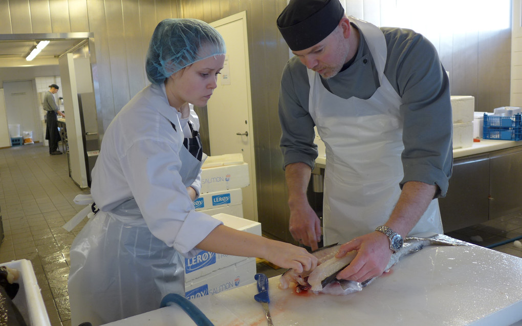 Elevene på restaurant- og matfag er blant dem som får høyest utstyrsstipend i dag. Nå foreslår Kunnskapsdepartementet en økning i satsene. Ill. foto: Marianne Ruud