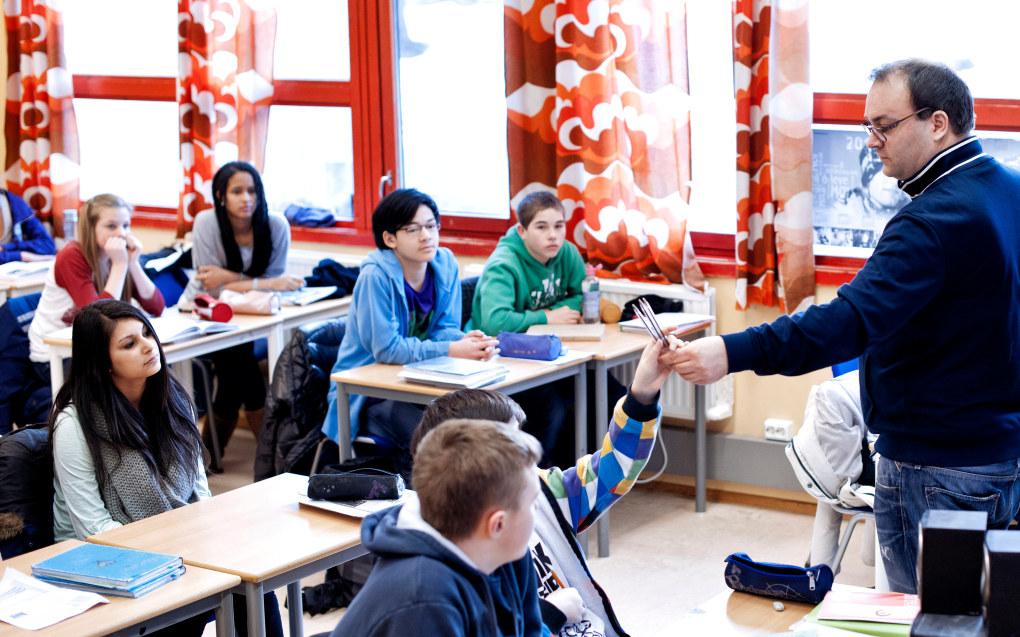 Kan en kommunalsjef eie selve opplæringen? spør Tor Anders Råbu, nestleder i Utdanningsforbundet Vest-Agder. Ill. foto: Erik M. Sundt