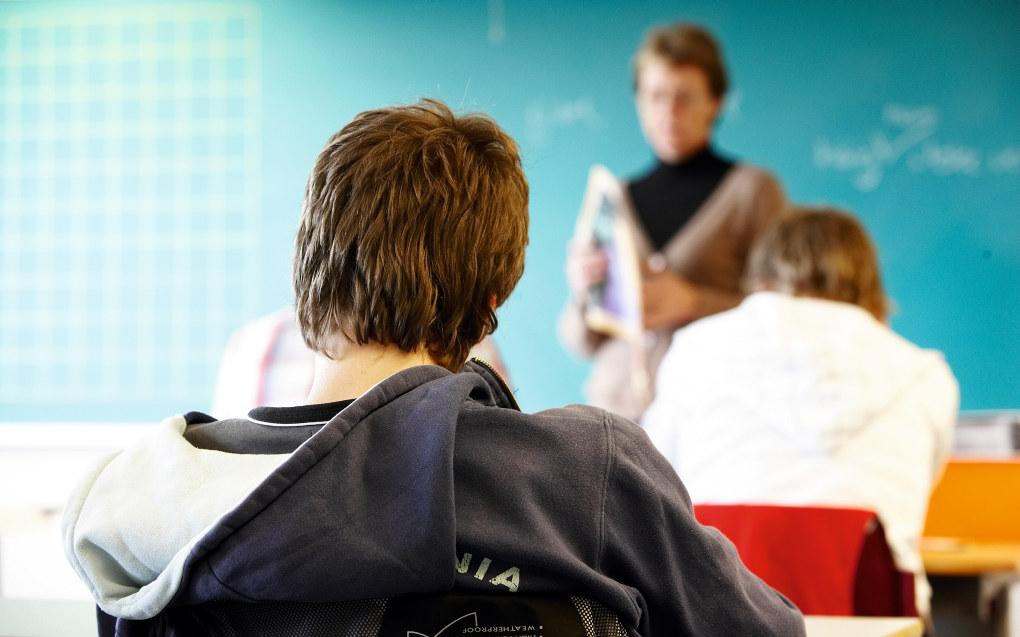 Rapporten peker på at det er store ulikheter i tilgangen til digitale verktøy hjemme hos elevene. Det er også store forskjeller i hvordan skolene legger opp opplæringen i bruk av digitale hjelpemidler. Arkivfoto: Erik M. Sundt