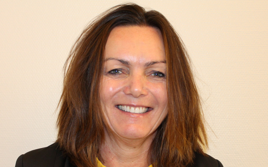 – Jeg er tydelig når det gjelder retning, men jeg praktiserer tillitsbasert ledelse, sier Kari Andreassen, den nye direktøren for Utdanningsetaten i Oslo. Foto: Oslo kommune