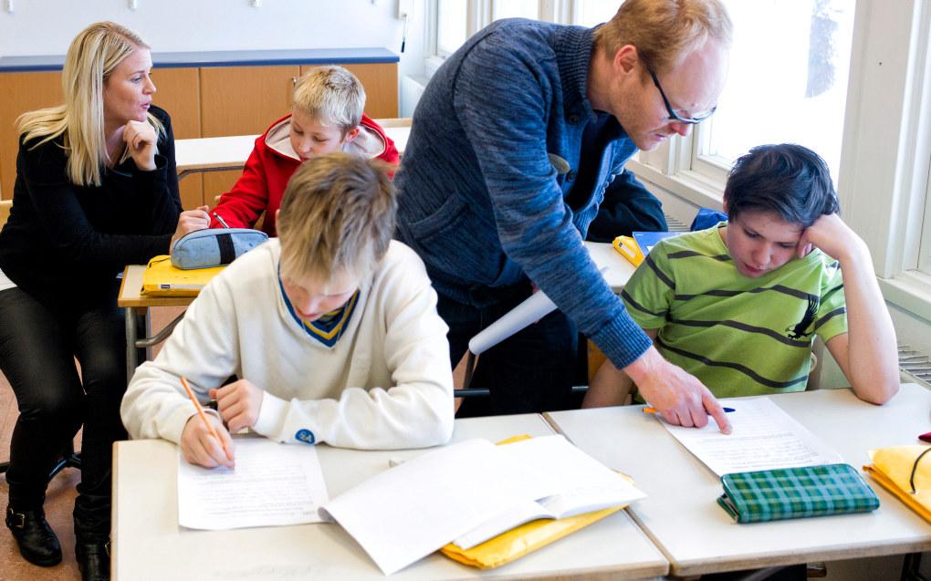 Sverige er et av landene som har innført en sertifiseringsordning for lærere. Dette skal også utredes i Norge, står det i den politiske plattformen til den nye firepartiregjeringen. Ill. foto: Erik M. Sundt
