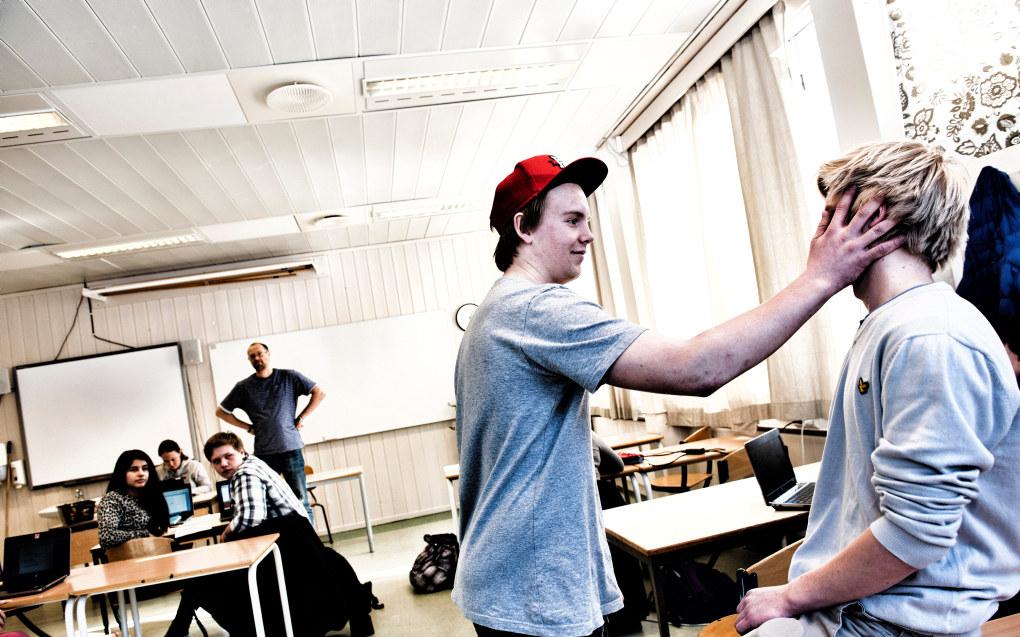 Fylkesvaraordfører i Rogaland, Marianne Chesak (Ap) vil åpne for elektronisk varsling om mobbing ved videregående skoler. Ill.foto: Erik M. Sundt
