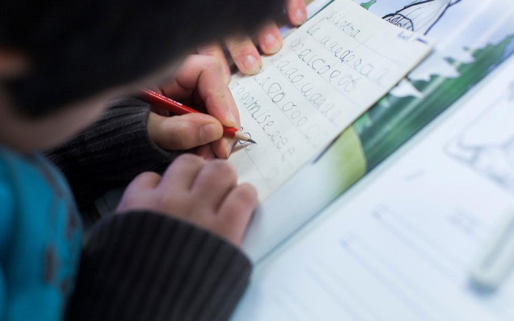 Mathilde Tybring-Gjedde forsvarer obligatorisk sommerskole som et av tiltakene for å sikre språkopplæring i skolen. Foto: Utdanning/Arkivfoto