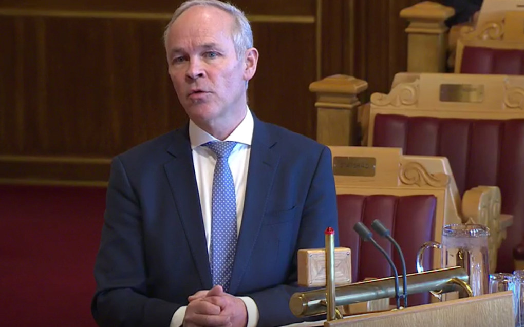 –  Jeg kan bekrefte at økonomisk tilsyn er en av problemstillingene vi ønsker å gjøre noe med, sa kunnskapsminister Jan Tore Sanner i Stortingets muntlige spørretime i dag. Skjermdump fra Stortinget.no