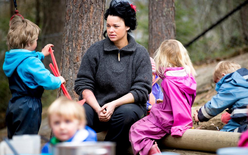 Palma Kleppe og Barnehageopprøret vil markere Barnehagedagen med rød genser og oppfordrer andre til å gjøre det samme. Foto: Bo Mathisen.