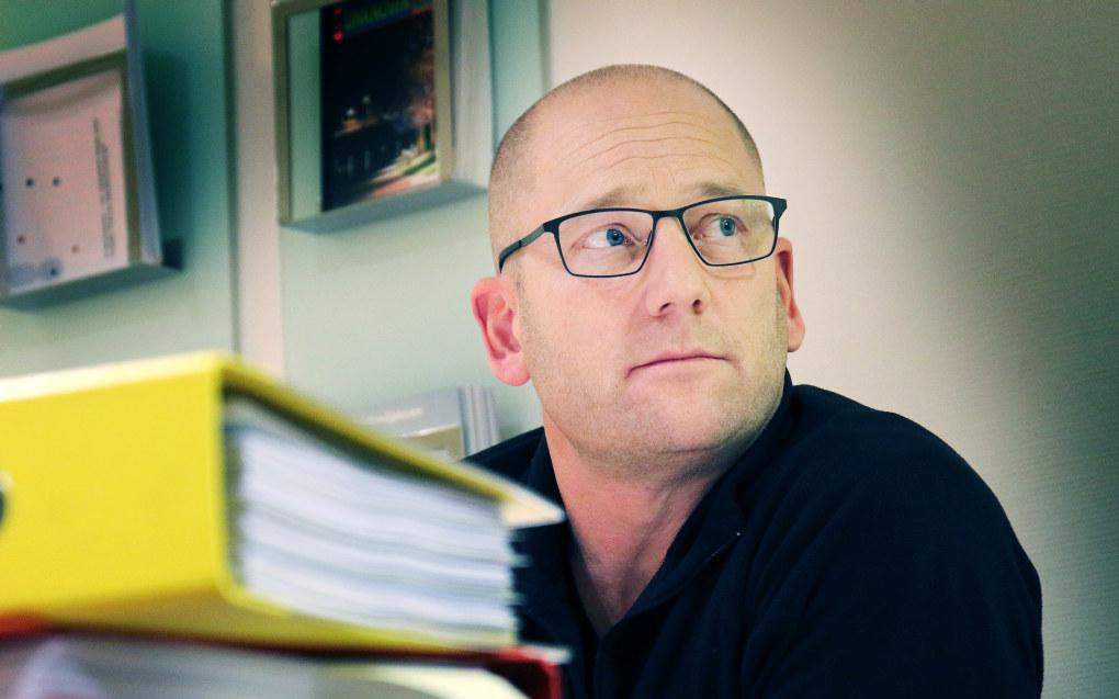 Steffen Handal mener kommunen må bruke lønn som våpen i kampen om lærerne. - Og lærerne må tåle større lønnsforskjeller, sier han. Foto: Jørgen Jelstad