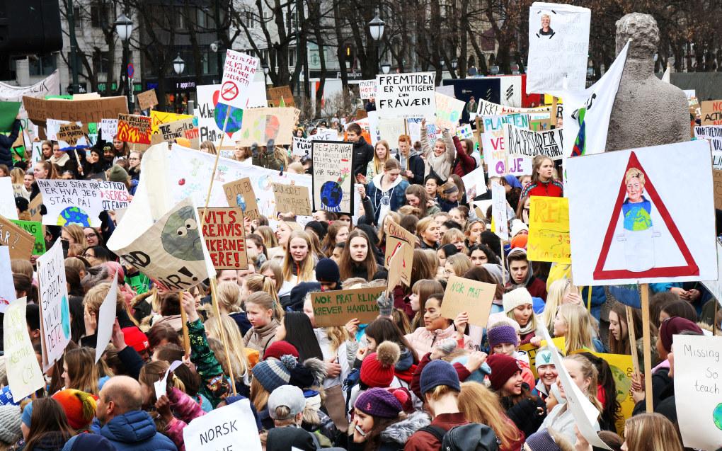 Fredag i forrige uke streiket 40.000 ungdommer landet over for klimaet. Her fra Oslo. Foto: Jørgen Jelstad