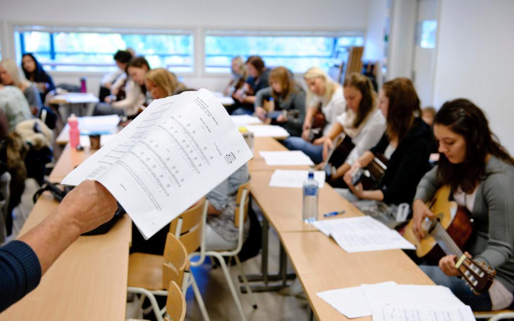 Tre av fire lærerstudenter er fornøyde med å ha valgt lærerutdanning. Bildet er fra barnehagelærerutdanningen i Drammen i 2010. Arkivfoto: Erik M. Sundt.