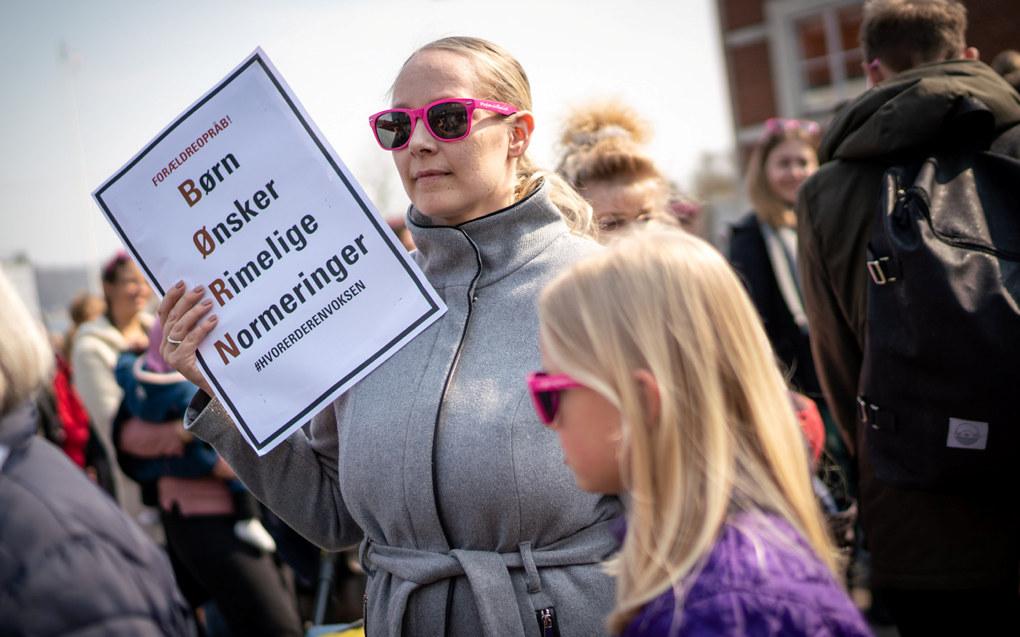 Laurdag var det 57 demonstrasjonar i Danmark for betre bemanning i barnehagane. Foto: Per Bille