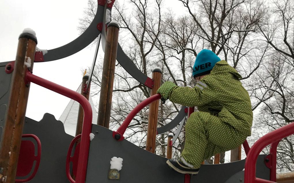 En bemanningsnorm på to små barn per ansatt og fire store barn per ansatt hvor minst 70 prosent er barnehagelærere, vil sikre god bemanning og kompetanse i hele barnehagens åpningstid, skriver Tone Digranes i Utdanningsforbundet Bergen. Arkivfoto: Paal Svendsen