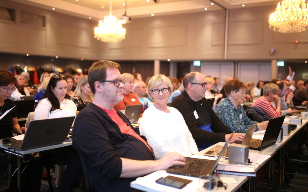Mandag vedtok fylkesårsmøtet i Utdanningsforbundet i Troms å utelukke medlemskap i forbundet for lærere som er dømt for seksuelle overgrep. Fylkesårsmøtet stemte i år digitalt gjennom appen GoPlenum. Foto: Hans Skjong