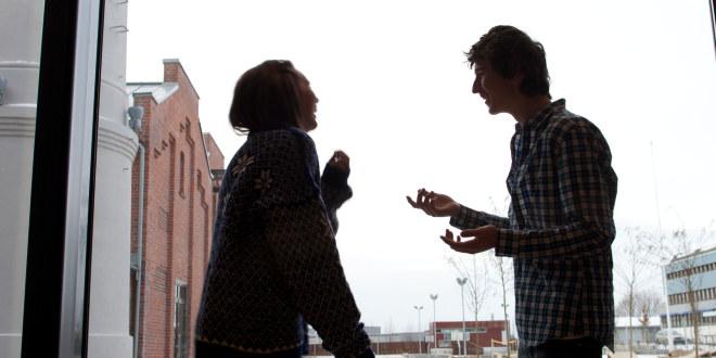 Fyrstikkalleen skole, 2010, ungdom, friminutt, gang, korridor, samtale, lek, diskusjon