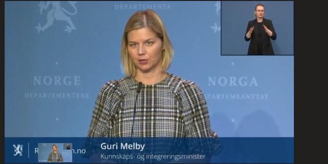 Kunnskapsminister Guri Melby på pressekonferanse 29. oktober om koronasituasjonen.