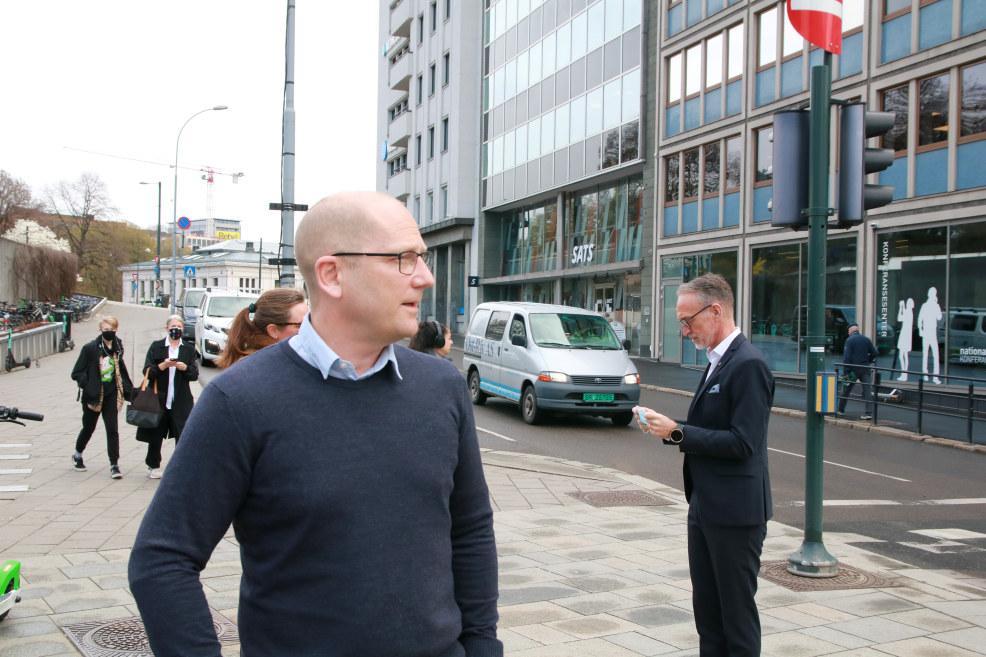 Steffen Handal, forhandlingsleder i UNIO og Tor Arne Gangsø, forhandlingsleder for KS.