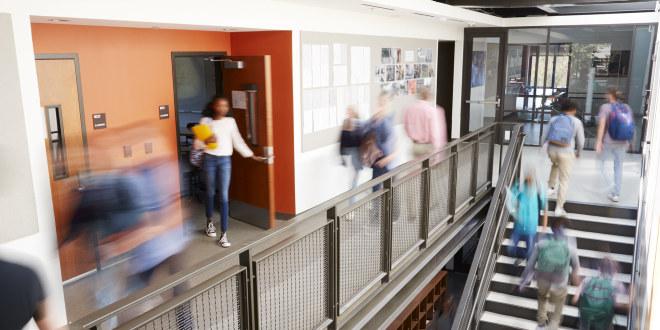 Ungdomsskole, videregående skole, skole, korridor, vgs, elever