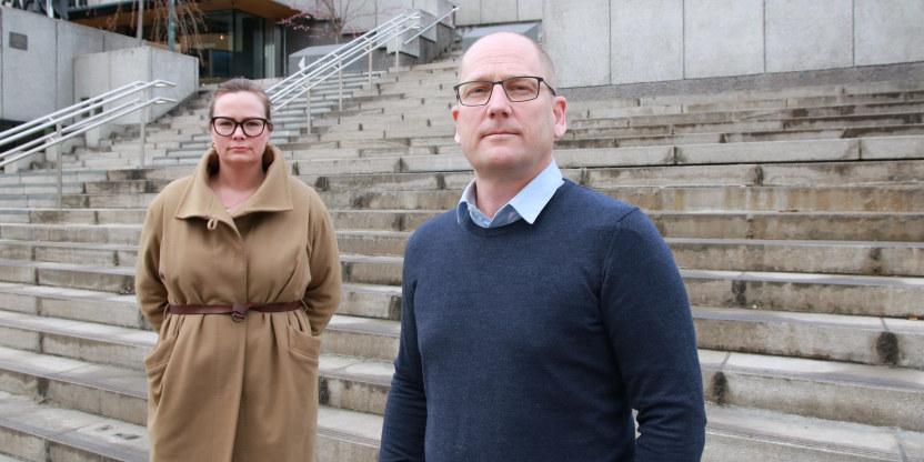 Forhandlingsleder Steffen Handal og nestleder Silje Naustvik i Unio kommune ved forhandlingsstart i kommunesektoren.